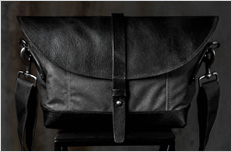 Messenger Charcoal Black